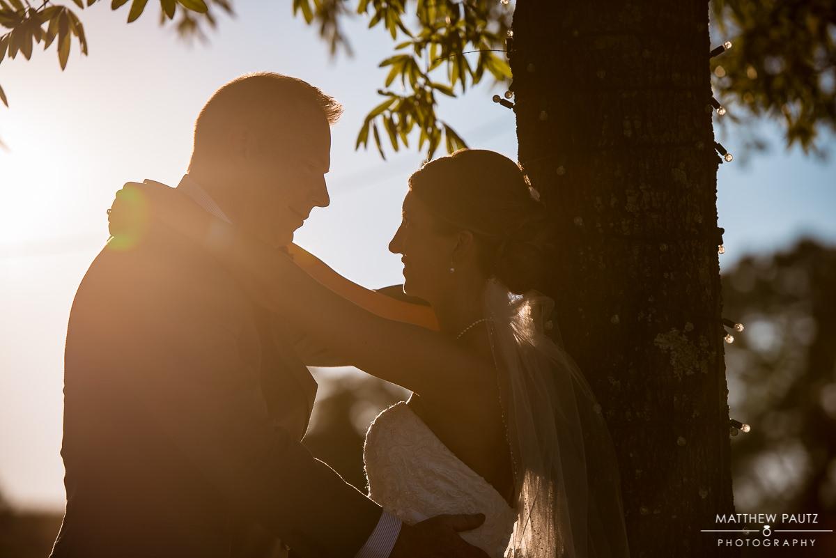 The Oaks Wedding Photos | Sunset couple's photos